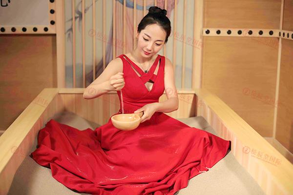 松辰堂国际带您了解沙疗改善调理腰椎间盘突出